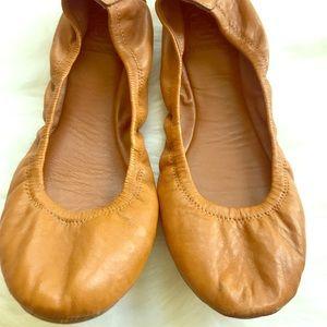 Tory Burch Eddie ballet flights in tan/brown